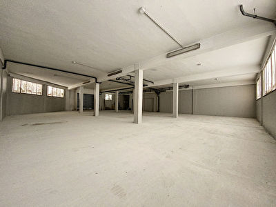 Local commercial Saint Andre De La Roche 280 m2